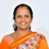 Veena M – Librarian