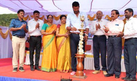 Inauguration of UOM Inter-college Kabbadi Tournament held at 'Jagadish Prasad Playground' SBRR MFGC – 02 01 2020